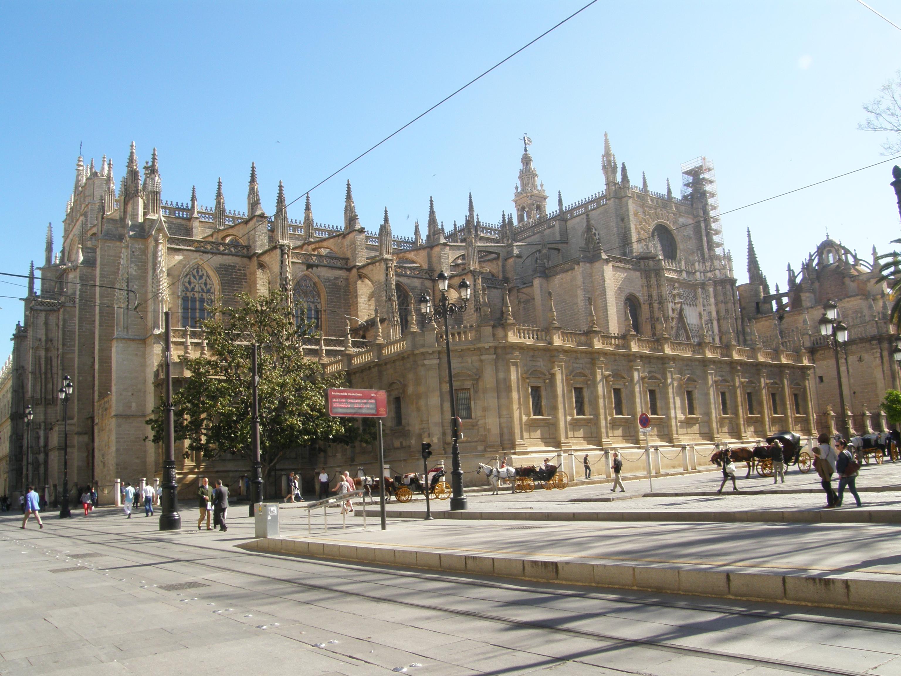 45 catedral de sevilla 1401 1507 catedrales arte y for Exterior catedral de sevilla